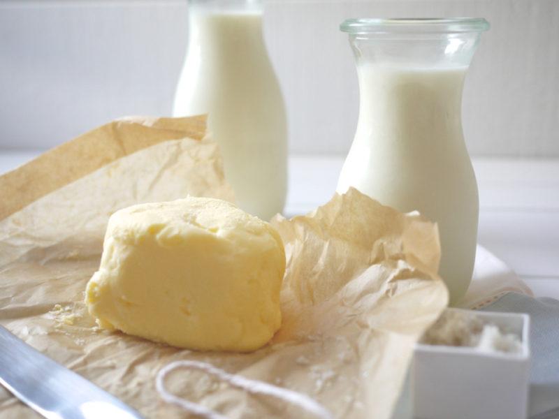 Жирные сливки из молока и масла